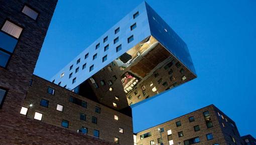 Hotel nhow Berlin von Sergei Tchoban und Karim Rashid