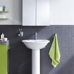 Darling New bathroom with touches of colour