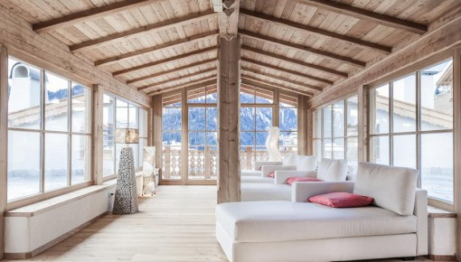 Duka furnishes the Dorfhotel Beludei in Val Gardena, Italy